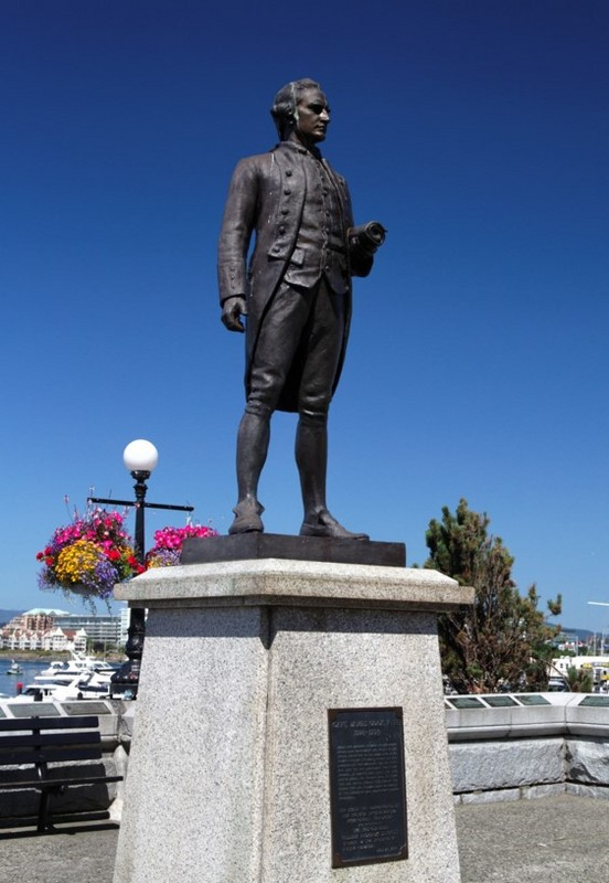 Photo of Statue of James Cook in Victoria